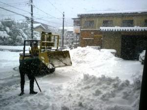 雪降るムラモト